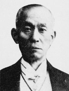 理事 直木倫太郎